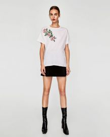 t-shirt with sequinned floral motif at Zara